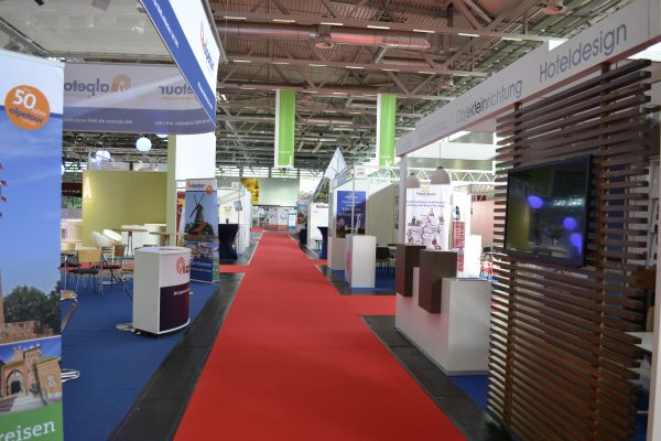 Halle 6 8 600x400 - RDA Group Travel Expo 2016